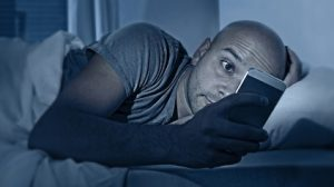 Avoid-gadgets-in-night