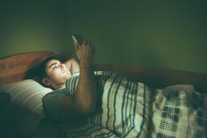 sleep-late-in-night