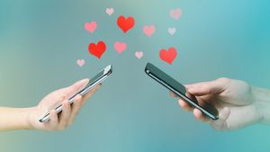 Tips to Maintain a Long-Distance Relationship